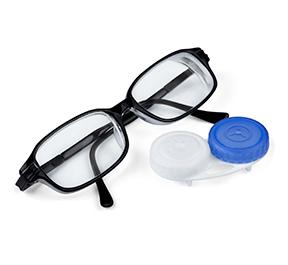 Óculos x lentes: Qual a melhor escolha?